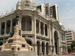 Resultado de imagen de Palacio municipal de Guayaquil Ecuador